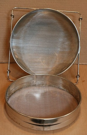 Double  Sieve for Honey